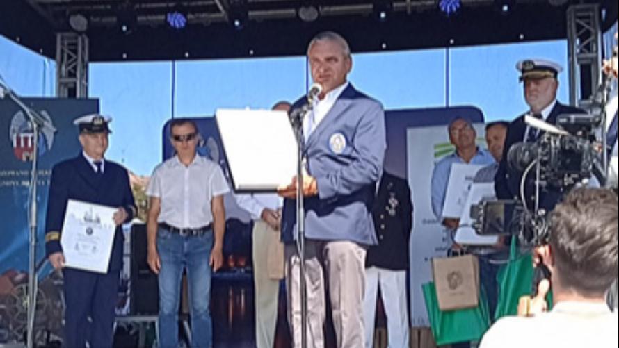 """UKŻ Błękitni otrzymał nagrodę """"Przyjazny Brzeg"""""""